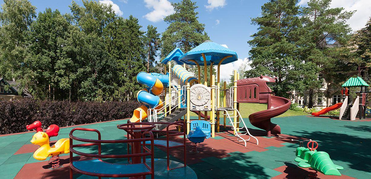 Детская площадка в КП Трувиль