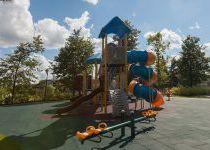 Детская площадка в Трувиле на Минском шоссе